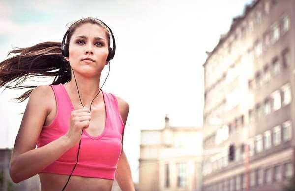 Помогает ли музыка продуктивнее заниматься спортом?