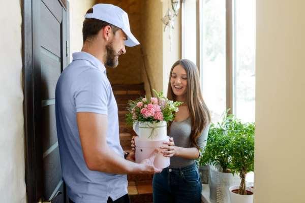 Услуга доставки цветов в Волгограде от сервиса «Bflorist.ru»