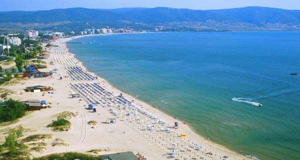 Что в себя включает отдых в Болгарии на двоих?