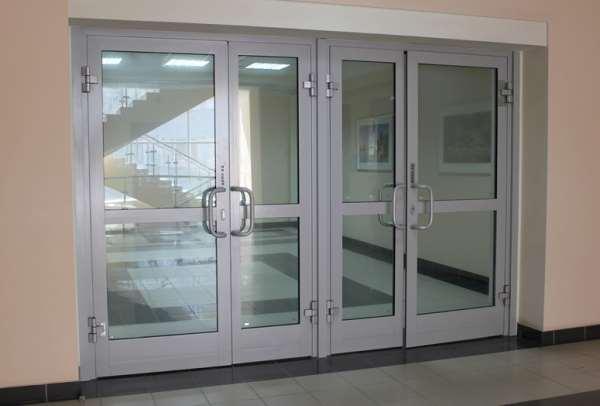 Где используют алюминиевые двери