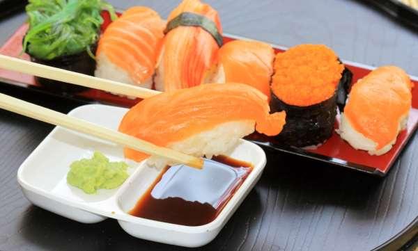 Как готовятся оригинальные суши