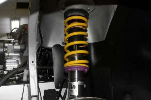 В каких случаях нужен ремонт амортизатора авто?