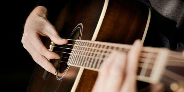 Лучшие музыкальные композиции под гитару