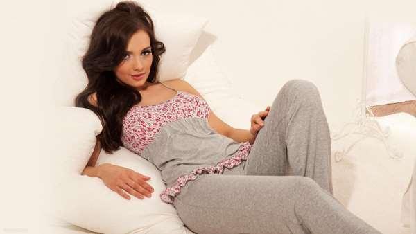 Какую ткань выбрать для женской пижамы