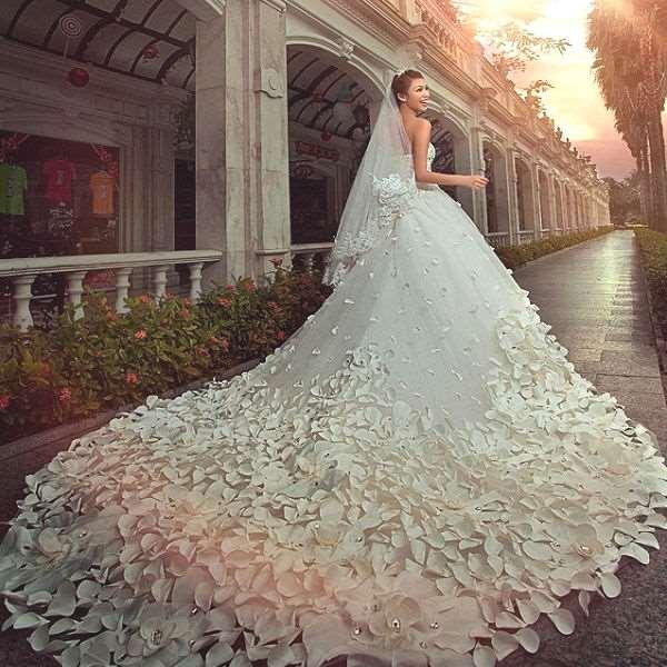 Шикарные свадебные платья от LikeMiracle
