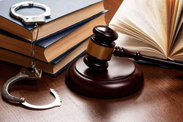 Заказать услуги уголовного адвоката онлайн