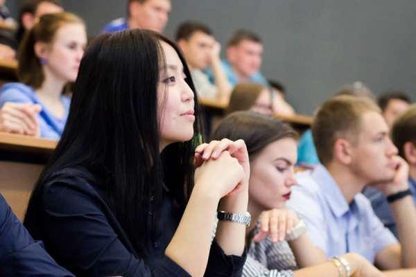 Онлайн-портал «Абитуриенту» в помощь учащимся