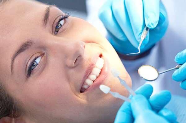 Мифы об имплантации зубов, в которые давно не нужно верить
