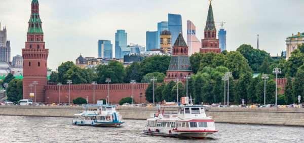 Организация речных прогулок на теплоходе по Москве-реке