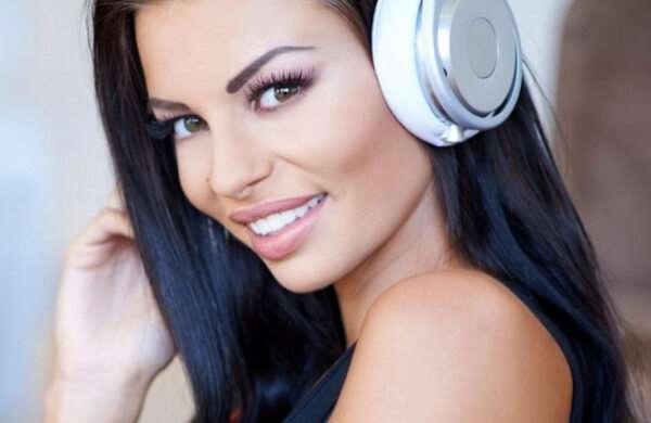 Портал «Ajoyib» с бесплатной для прослушивания музыкой