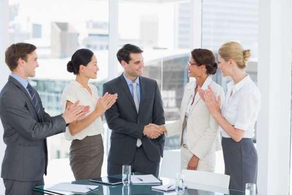 Массовый подбор персонала профильной фирмой