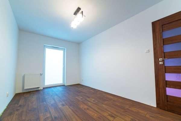 Как осуществляются отделочные работы в квартире?