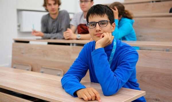Поступление в колледж после 11 класса: есть ли смысл?
