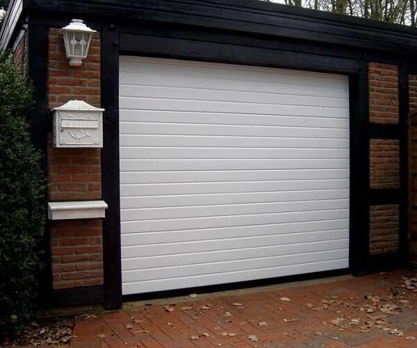 Чем хороши современные гаражные ворота?