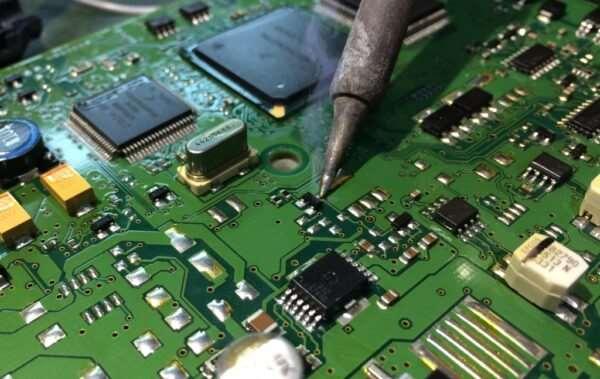 Насколько сложно проводить ремонт ЭБУ?