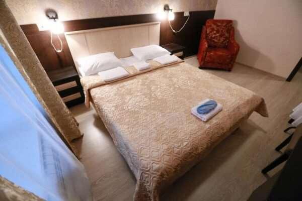Современный и уютный отель «Визави»