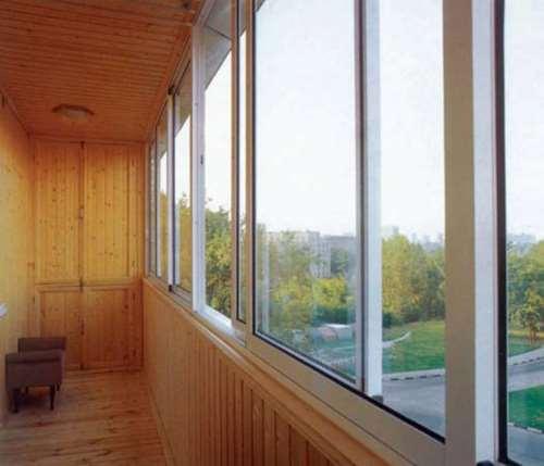 Производство балконных стекол и их монтаж от компании CUBE