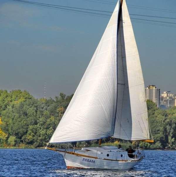 Аренда парусных яхт и катеров в Киеве