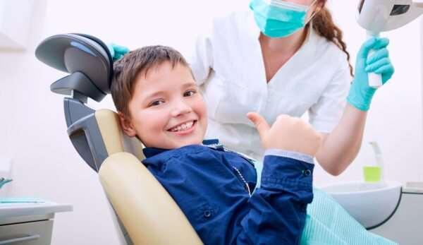 Детский стоматолог в семейной стоматологии «ПрофиСтиль»
